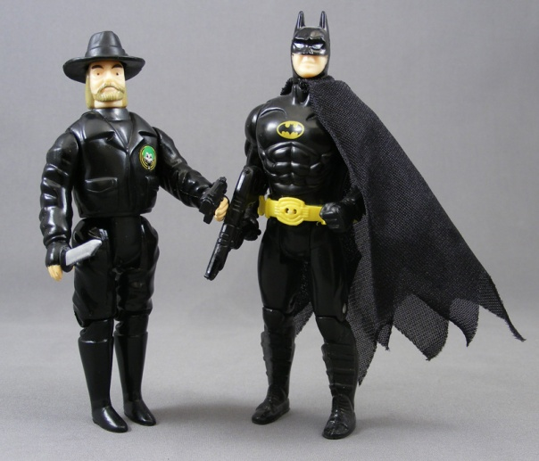bob-goon-batman-toybiz-comparison