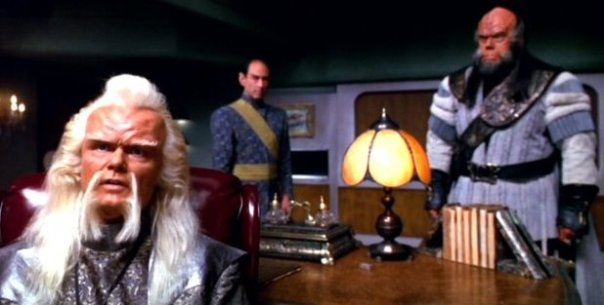recognize that klingon? I just love seeing actors I know as klingons...great cosplay ideas brewing...